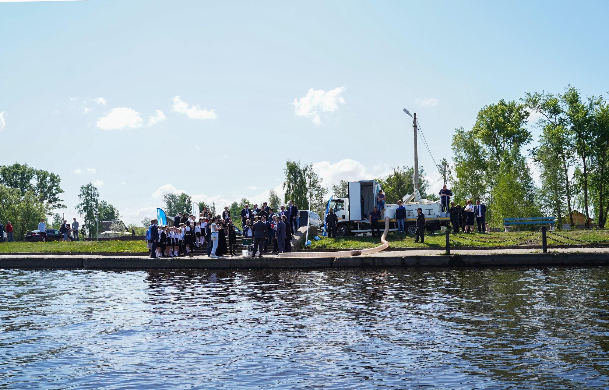13 тысяч мальков стерляди выпустили в Волгу в Тверской области