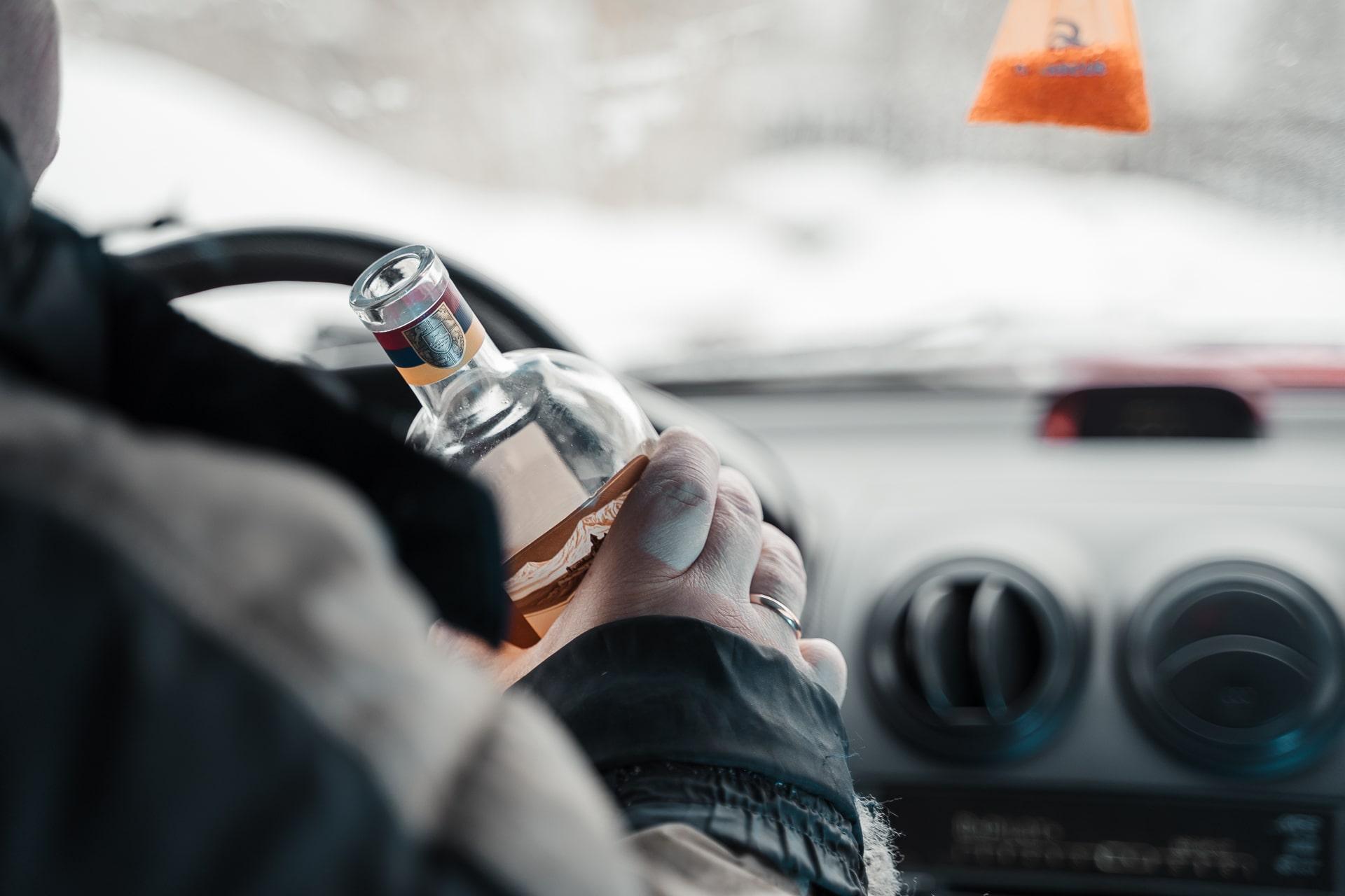 В Тверской области поездка в магазин закончилась для пьяного угонщика в больнице