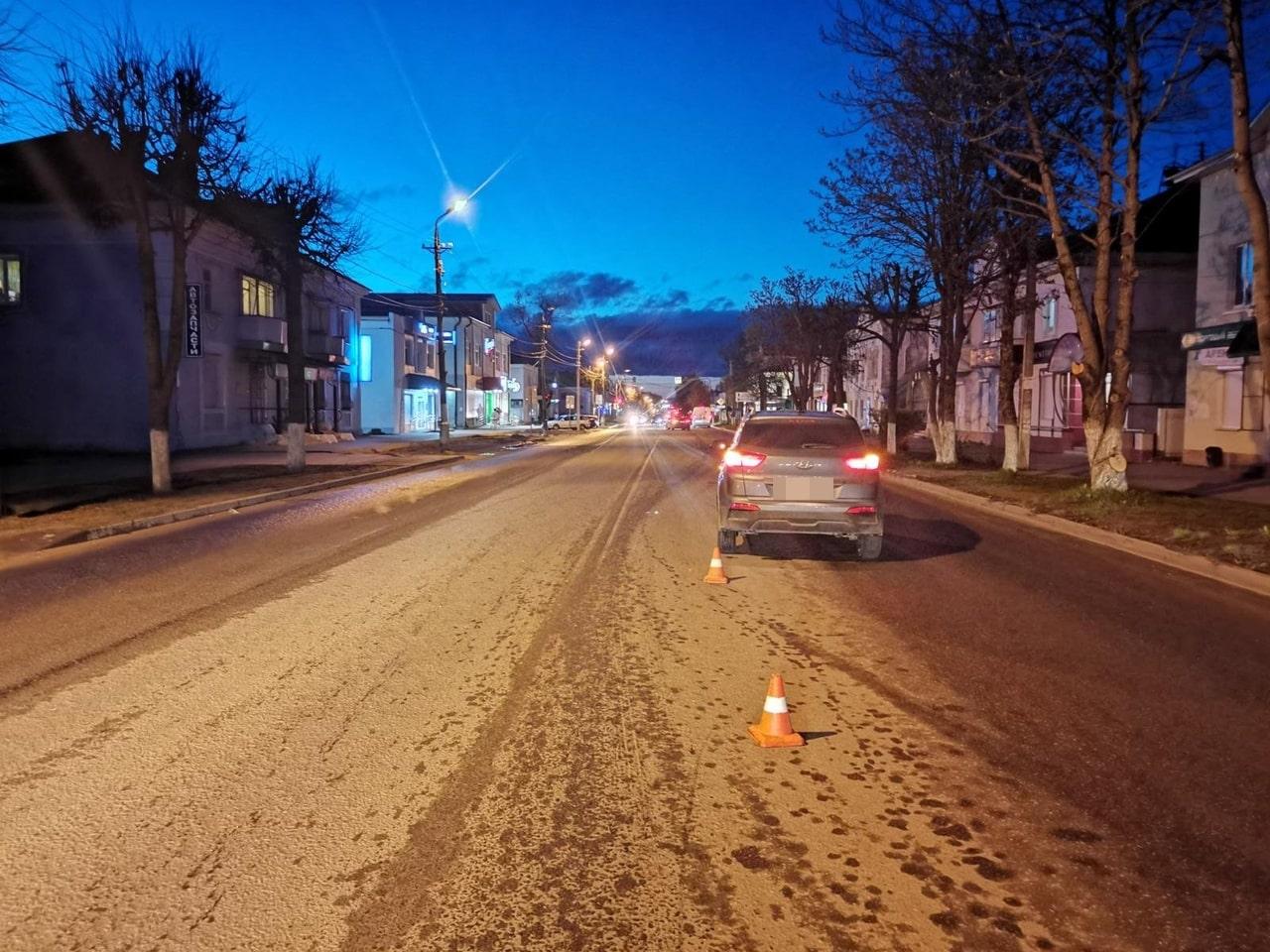 Пешеход-нарушитель попал под колёса машины в Тверской области