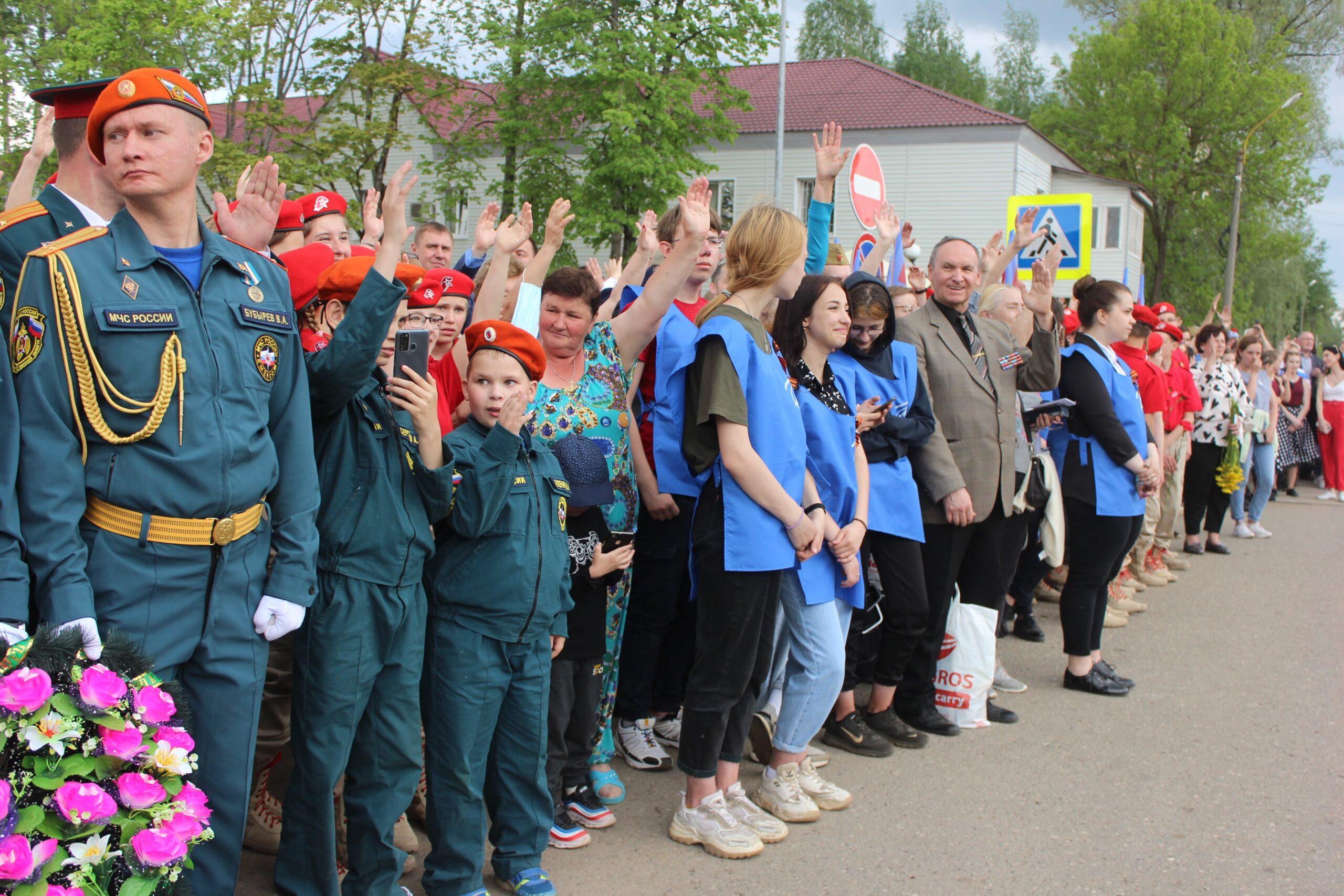 «Легендарный Маресьев»: в Тверской области открыли мемориал прославленному лётчику
