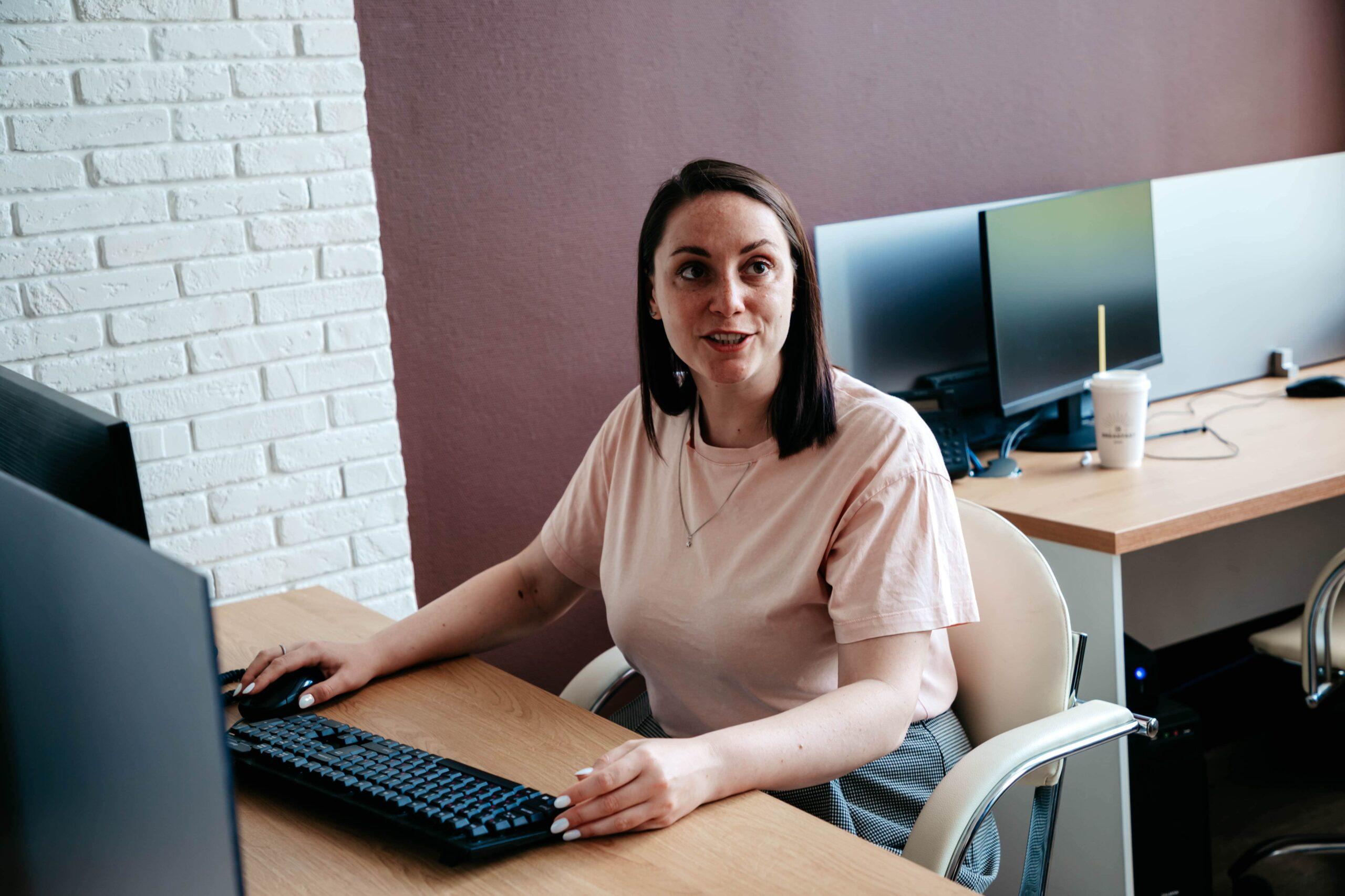 Юлия Саранова поддержала коллег на праймериз
