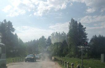 Светофор на переезде на три дня перекрыл дорогу под Тверью