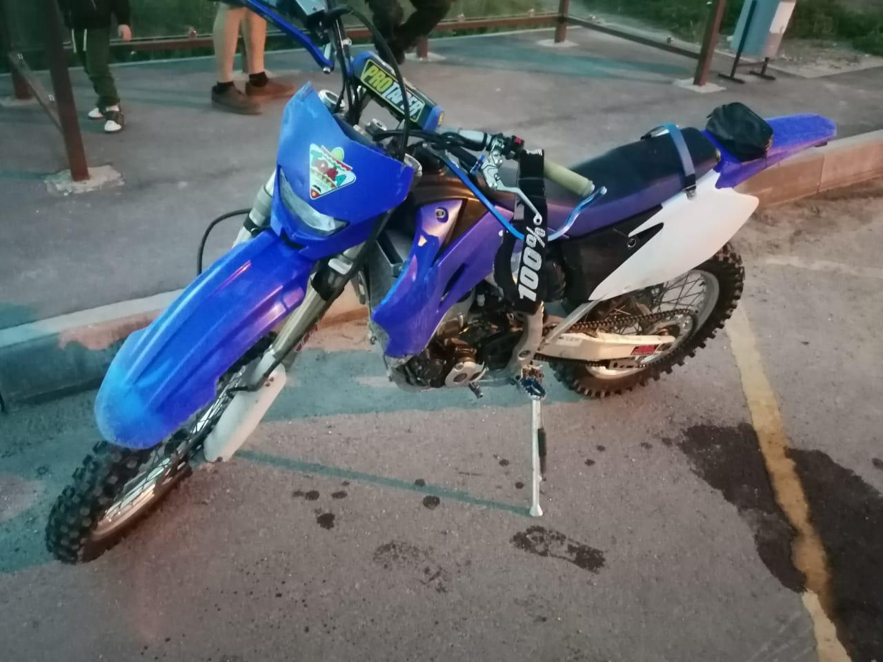 В Тверской области неудачно «встретились» «Тойота» и мотоцикл