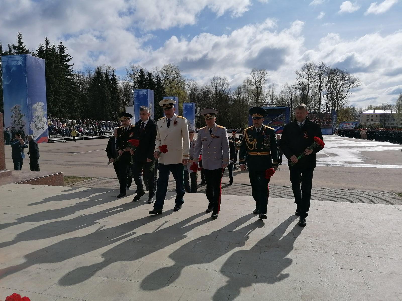 Ветераны и губернатор Тверской области почтили память павших воинов