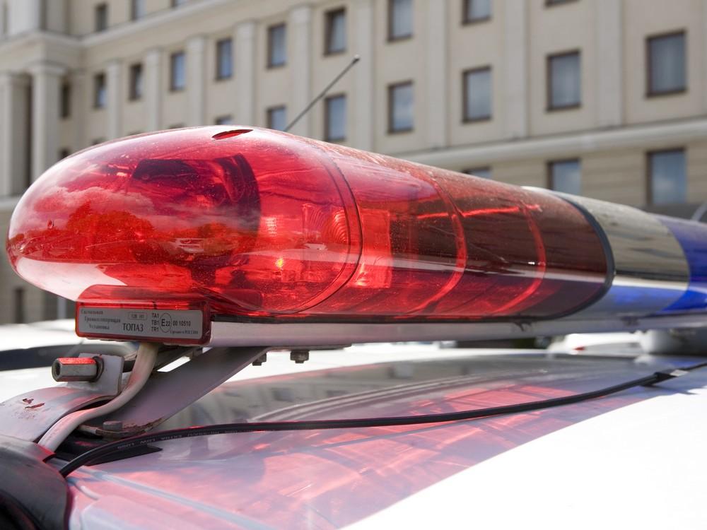 Пьяный водитель врезался в КамАЗ в Тверской области