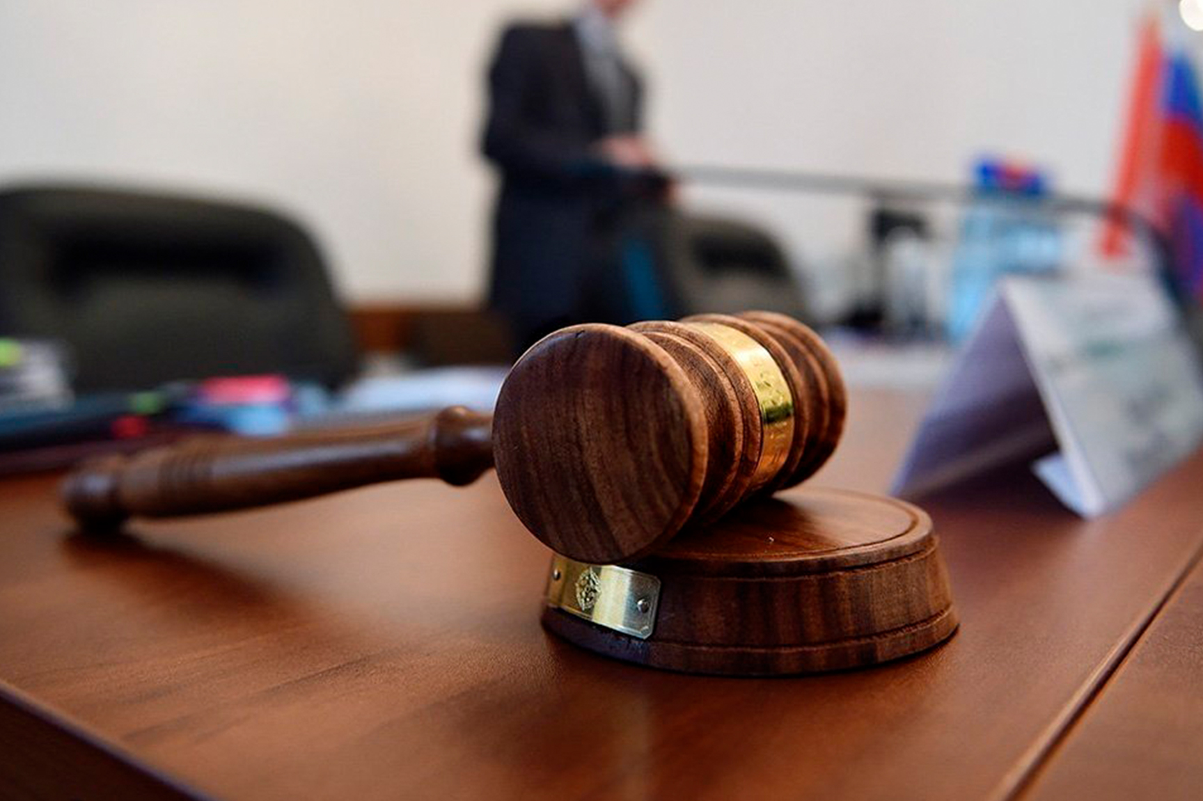 Суд наказал врачей, собиравшихся лечить жительницу Твери без её ведома