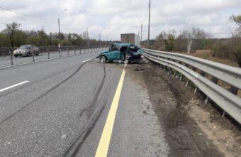 Водитель грузовика, устроивший ДТП с двумя пострадавшими в Тверской области, уснул за рулём