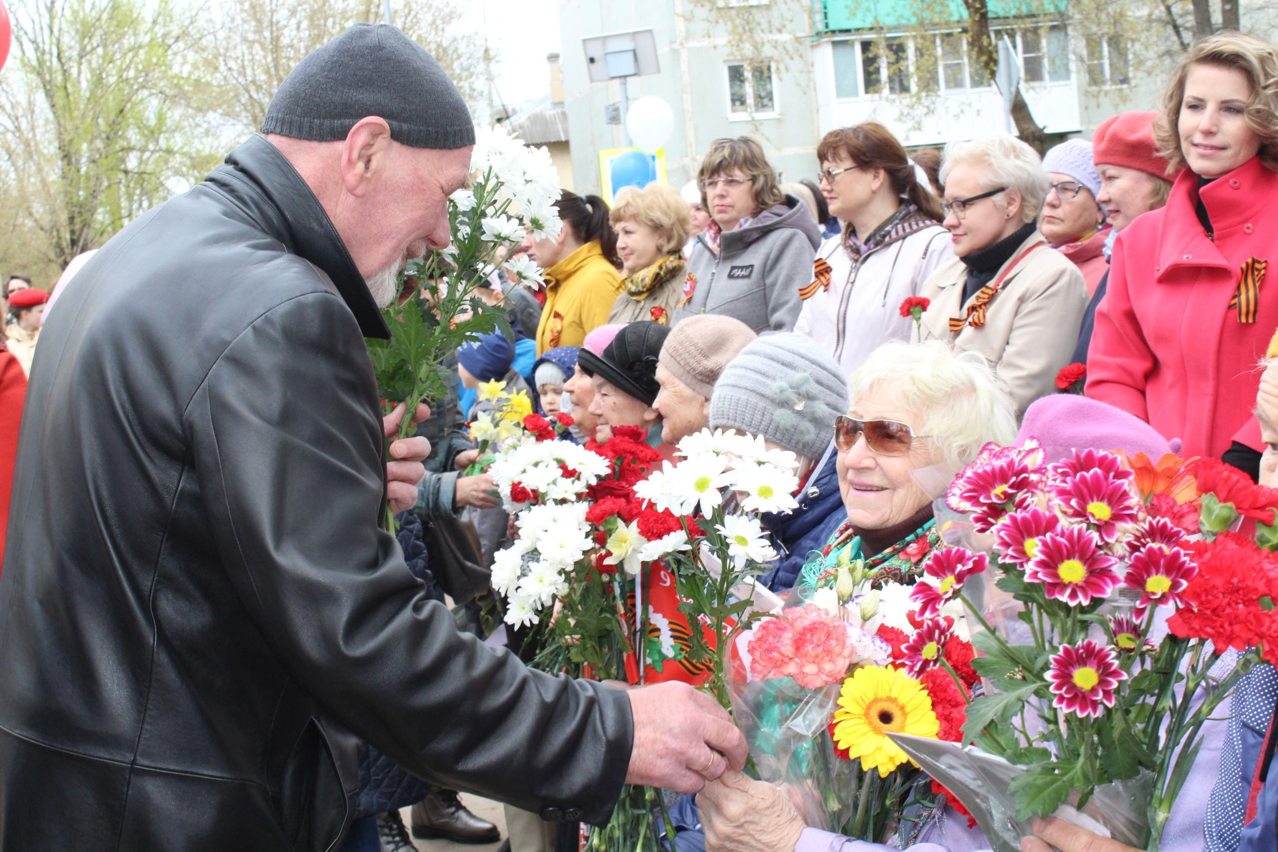 Лихославльский район отметил День Победы трогательным митингом