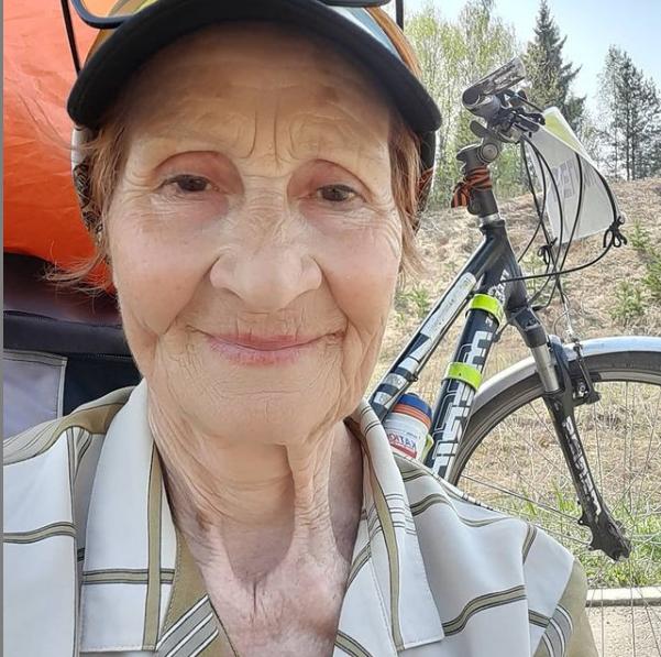 80-летняя велопутешественница из Твери отправилась покорять Чукотку