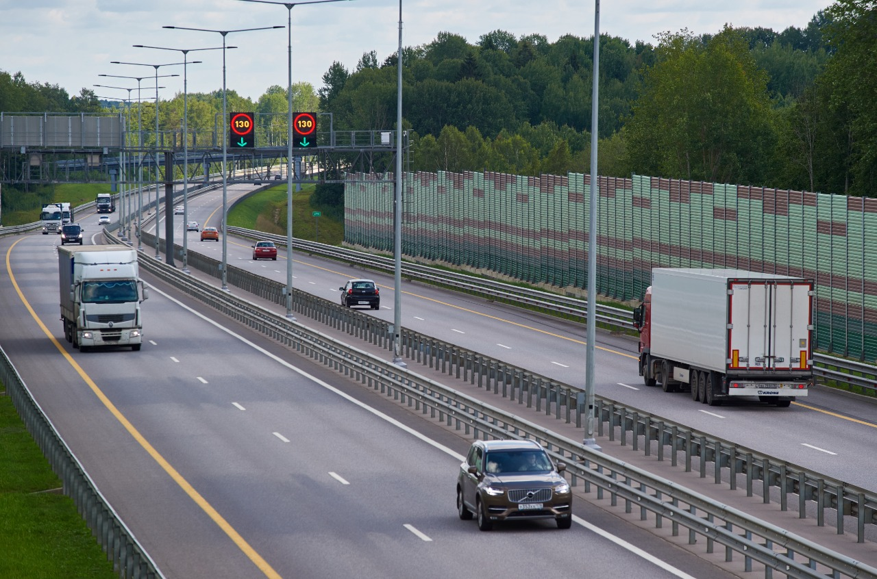 На трассе М-11 в Тверской области разрешили разгоняться до 130 километров
