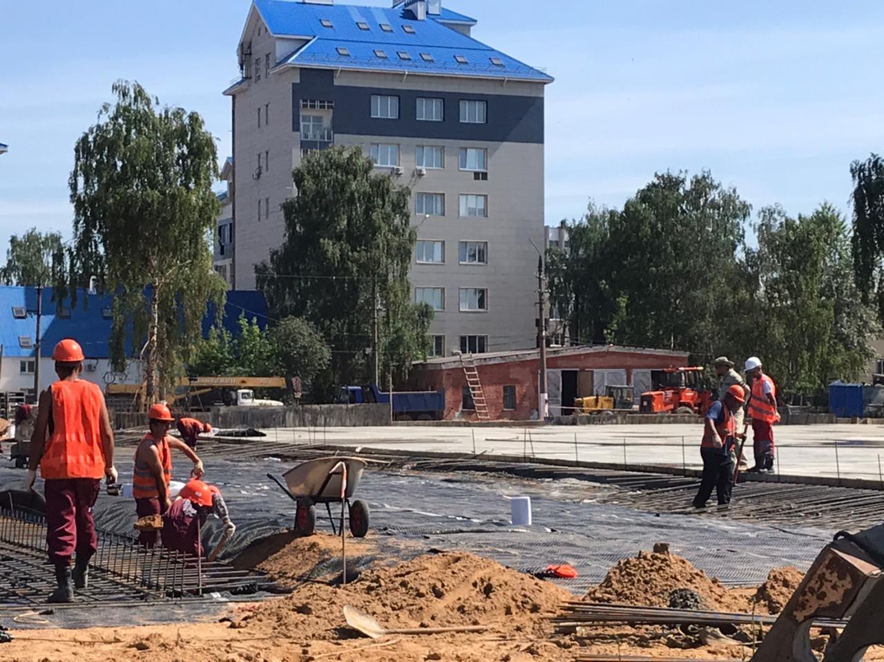 На площадке парка «Россия – Моя история» работа кипит почти круглосуточно