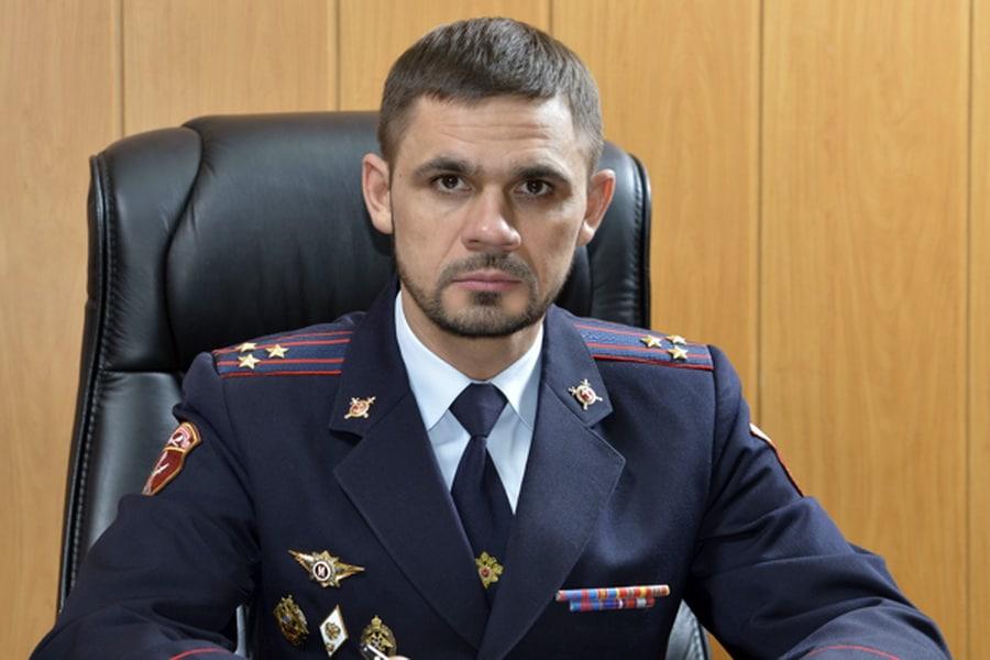 Полковника Росгвардии из Тверской области пытался задавить преследователь родственницы