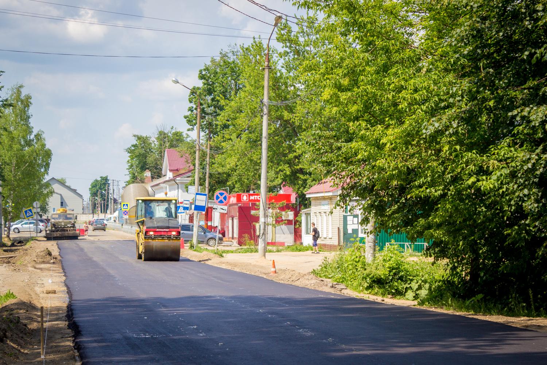 В Лихославле взялись за ремонт улицы Советской