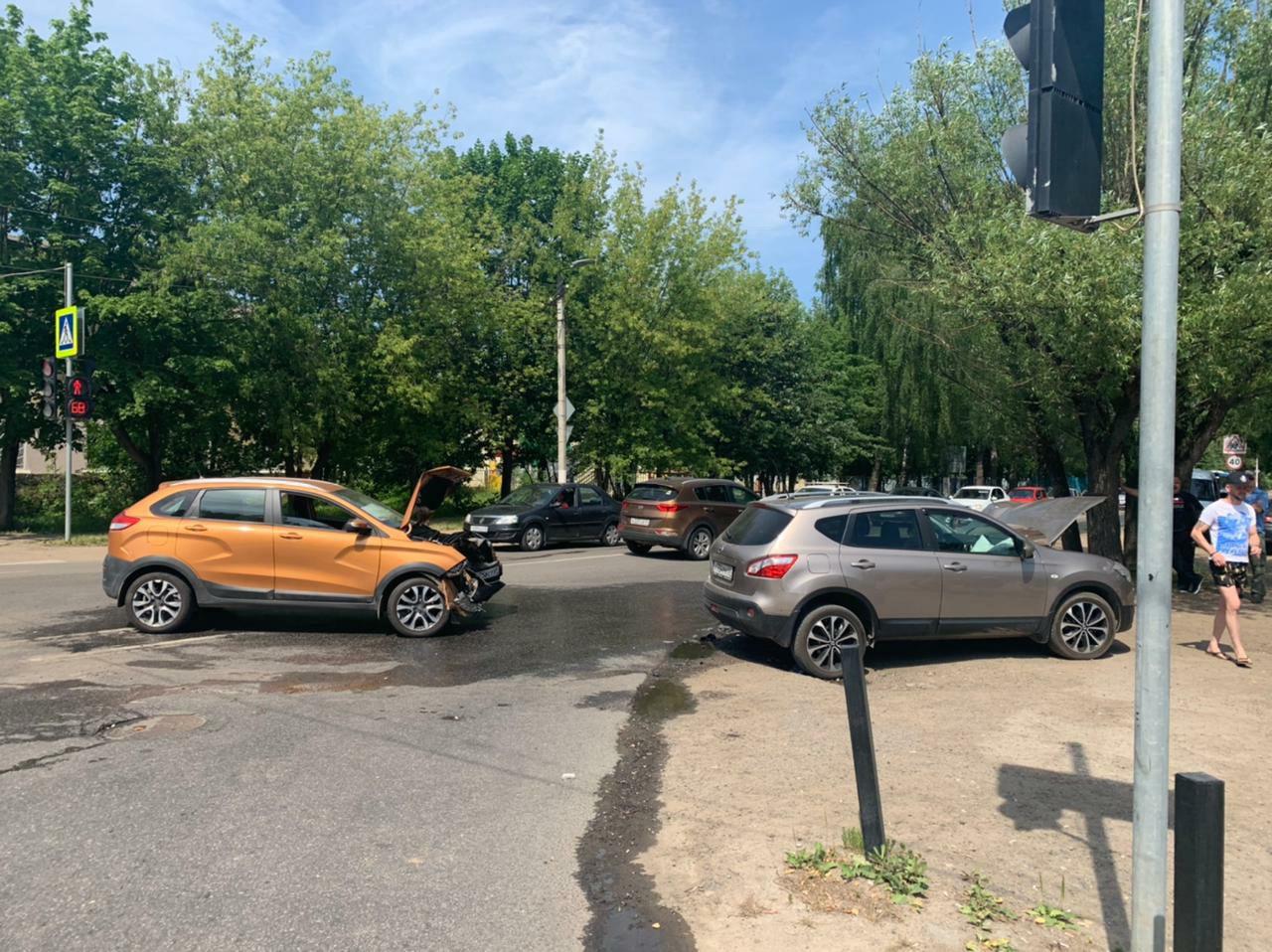 5-летний мальчик и два водителя пострадали в ДТП в Твери