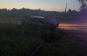 В аварии в Тверской области погиб неустановленный пассажир «ВАЗа»