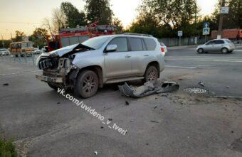 Мотоциклист погиб в страшной аварии в Твери