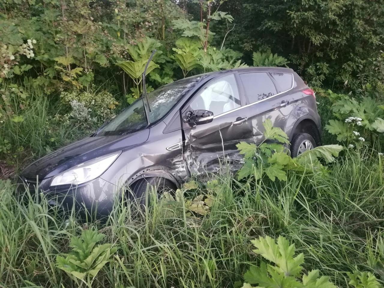 Девочка пострадала в Тверской области из-за женщины со второстепенной дороги