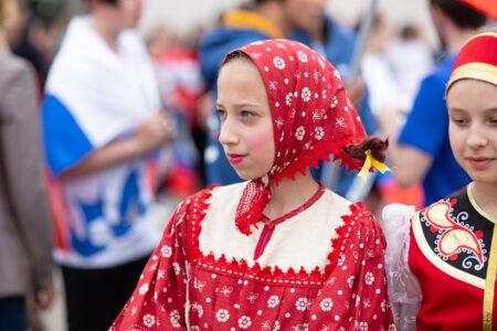 В День России в Твери сводный хор под открытым небом исполнил гимн страны