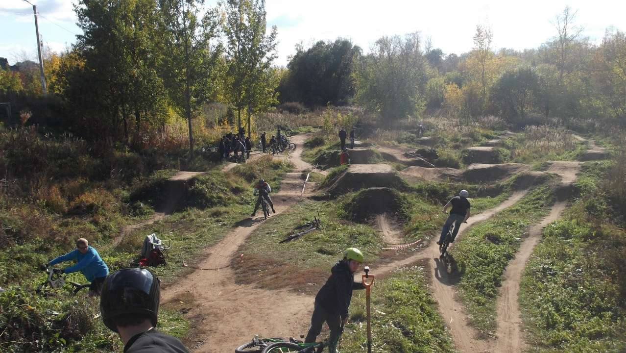 В Твери разгромили велосипедный памп-трек, на котором погиб подросток