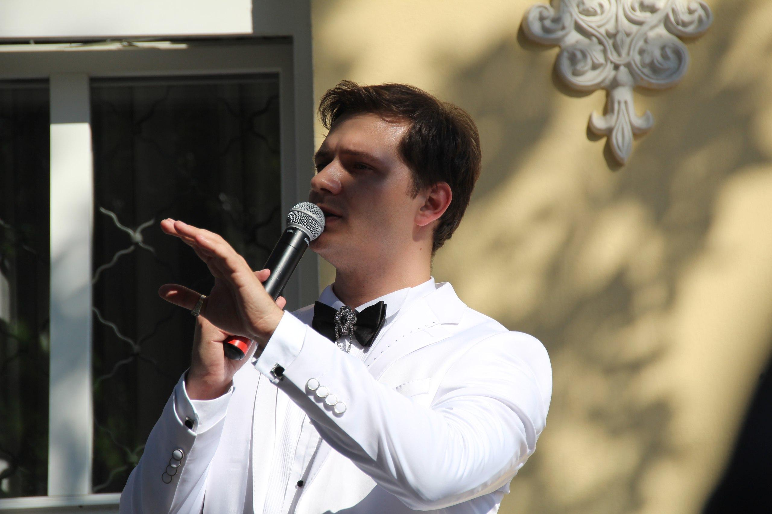26 июня в Твери весь день будут звучать стихи о любви и верности