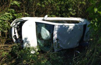 На трассе в Тверской области водитель уснул и врезался во встречный «Фольксваген»