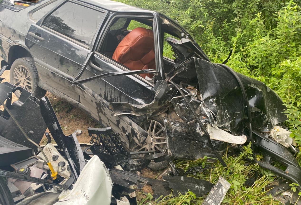 В аварии под Тверью пострадали два 20-летних парня