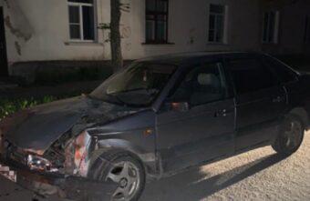 Пьяный угонщик разбил машину в Тверской области