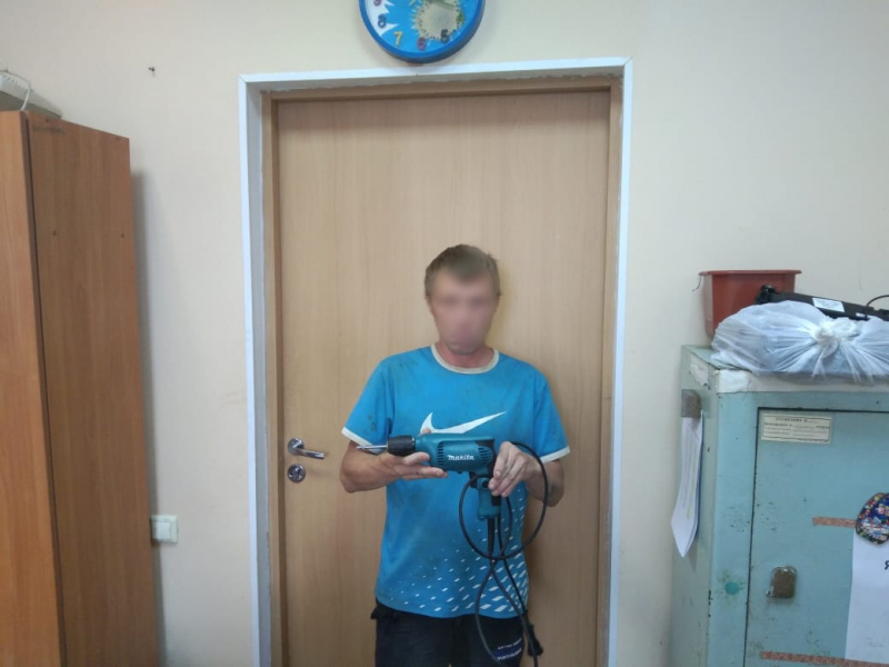В Тверской области поймали двух рецидивистов, промышлявших кражами