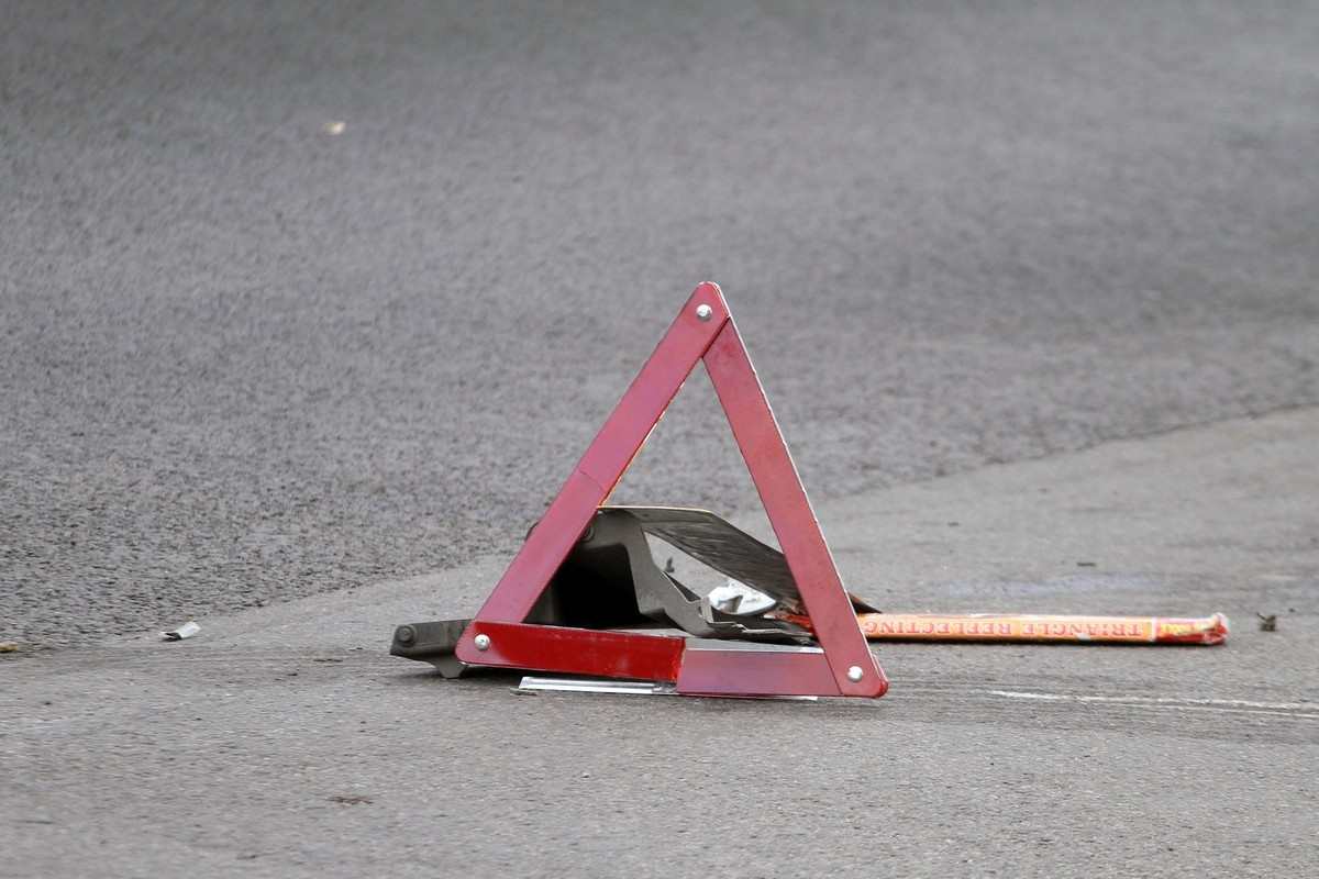 Мопедисты не смогли поделить дорогу в Тверской области и пострадали