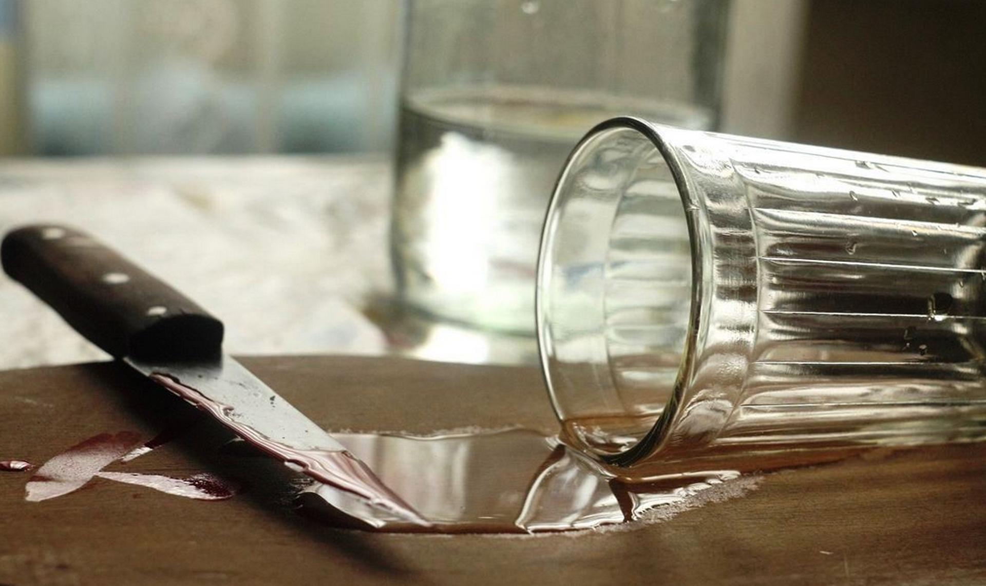Жительницу Тверской области подозревают в убийстве собутыльника