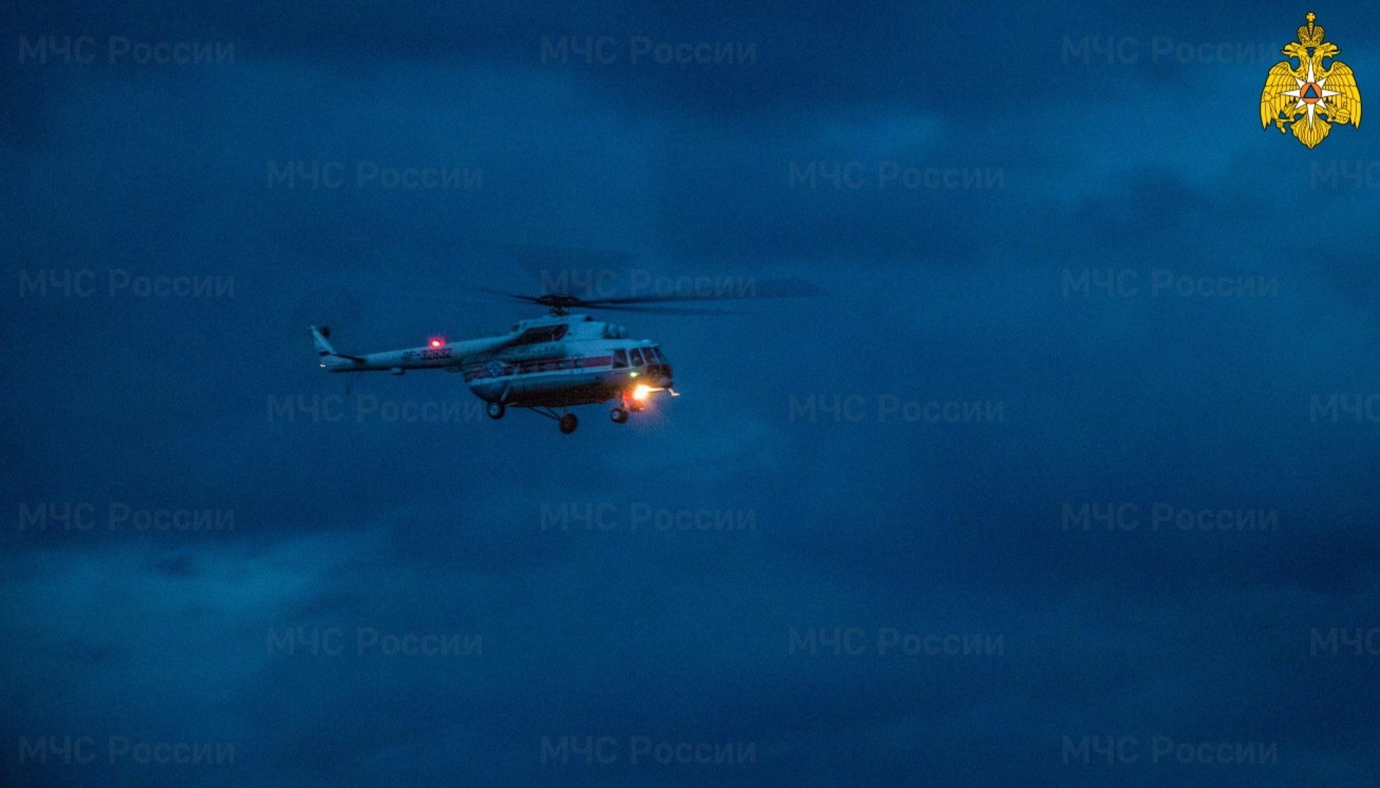 Поздно вечером жителя Тверской области срочно доставили на вертолёте в ОКБ