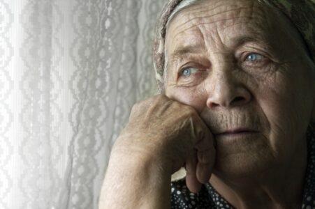 Мошенники в Твери оставили бабушку без крыши