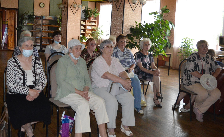 Жители Торопца собрались на виртуальный концерт