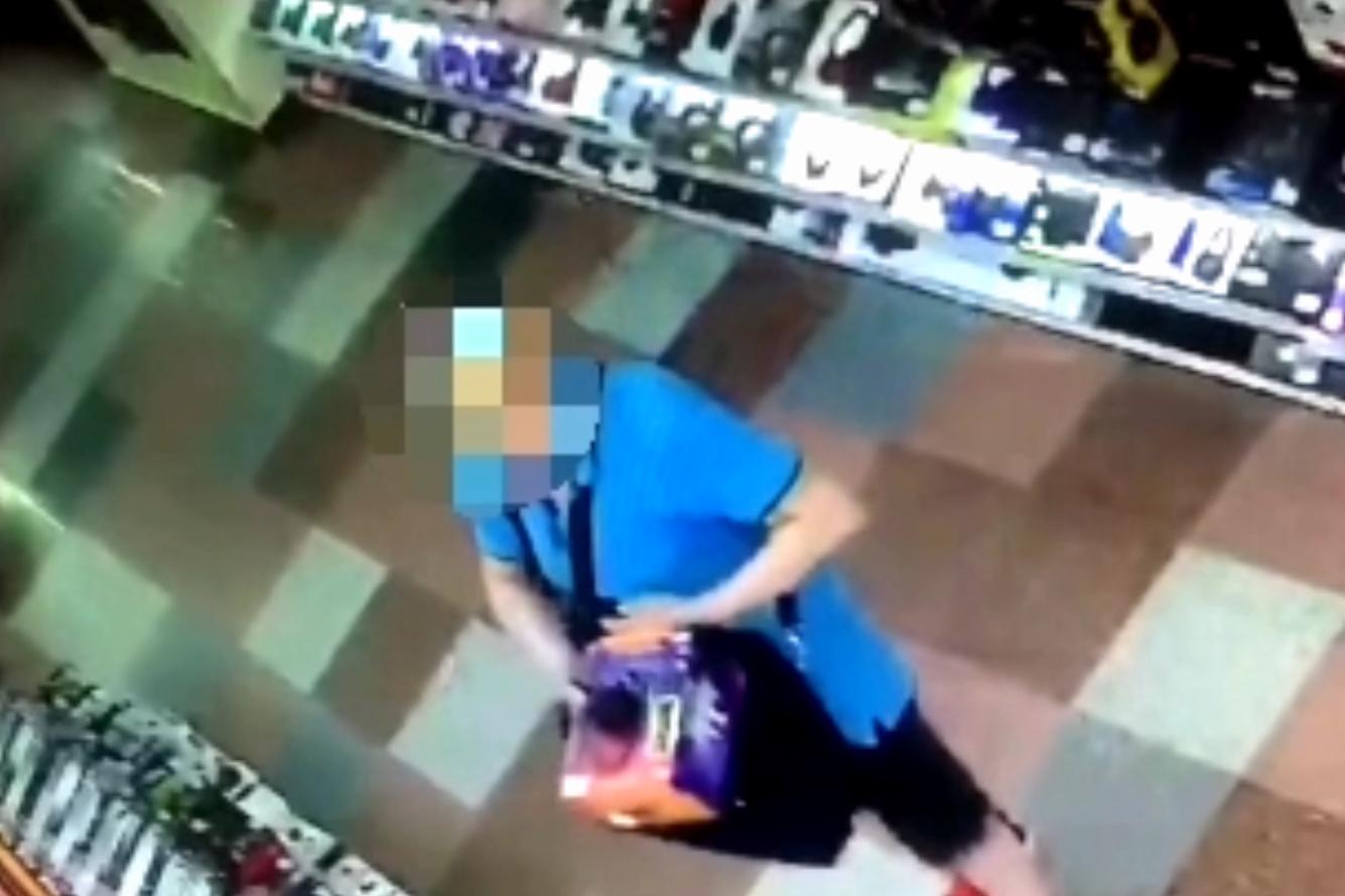 Петербуржец, приехавший в Тверь воровать электронику, попал на видео