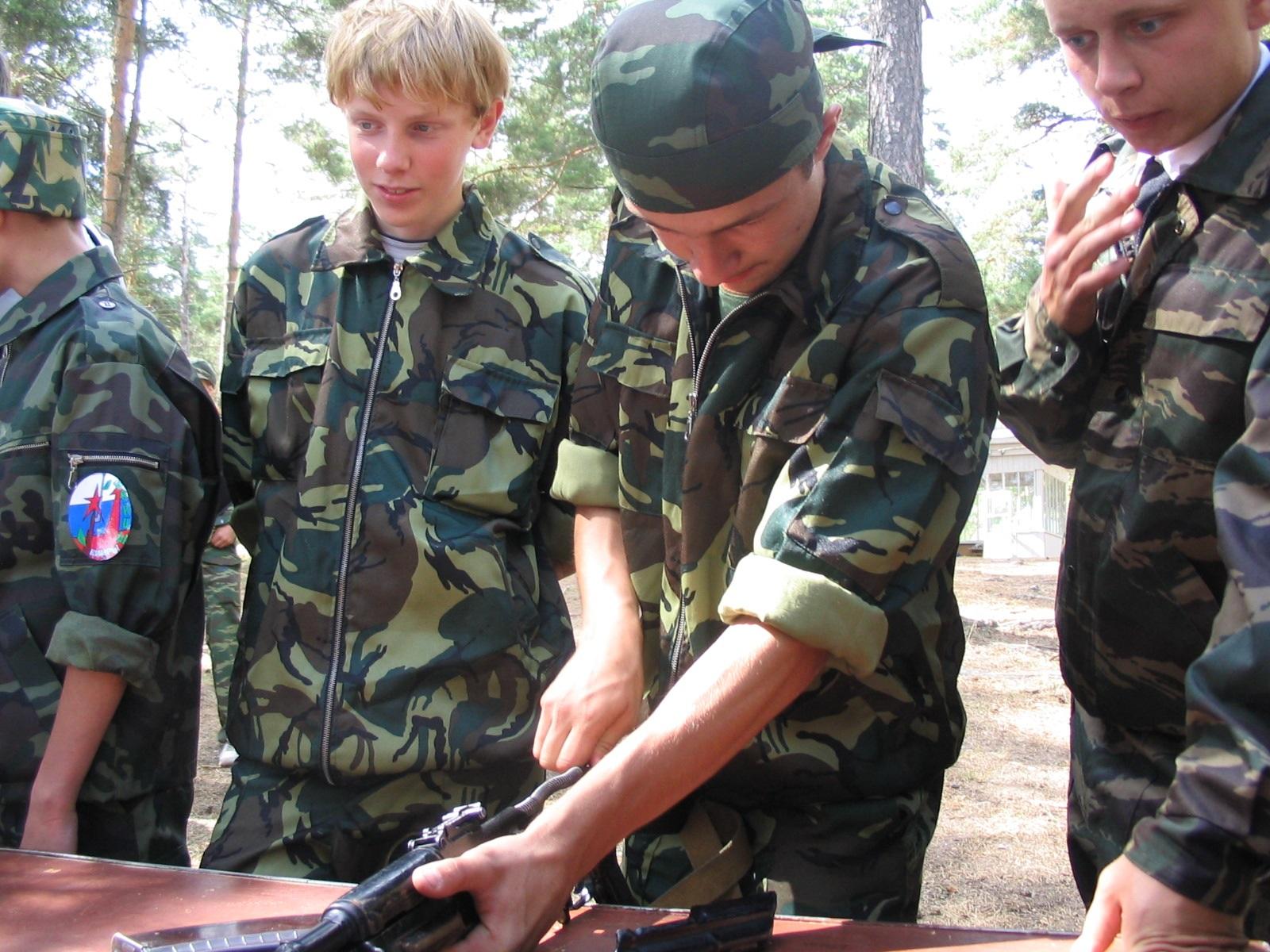 Пневматлон и «Тропа разведчика»: в Тверской области стартует военно-спортивная игра «Орлёнок»