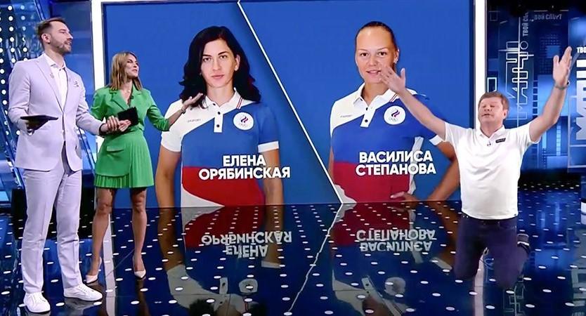 Комментатор Дмитрий Губерниев встал на колени перед тверской и ростовской спортсменками