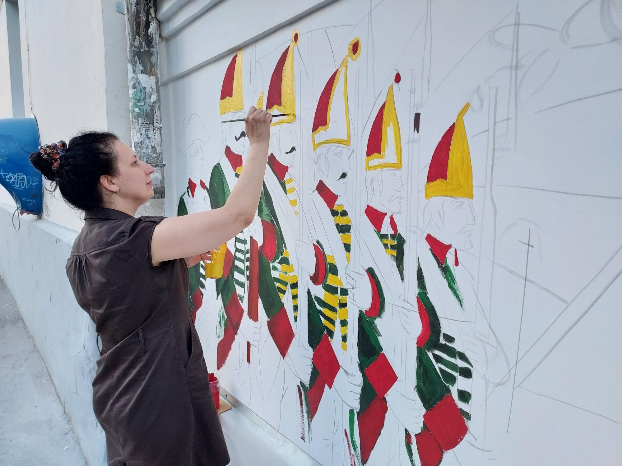 В Твери начали расписывать стену на Студенческом переулке