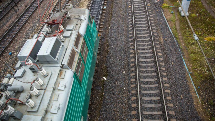 Житель Тверской области спас сбитого поездом крымчанина