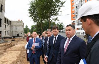 Губернатор Игорь Руденя проверил качество работ на стройплощадках детских садов
