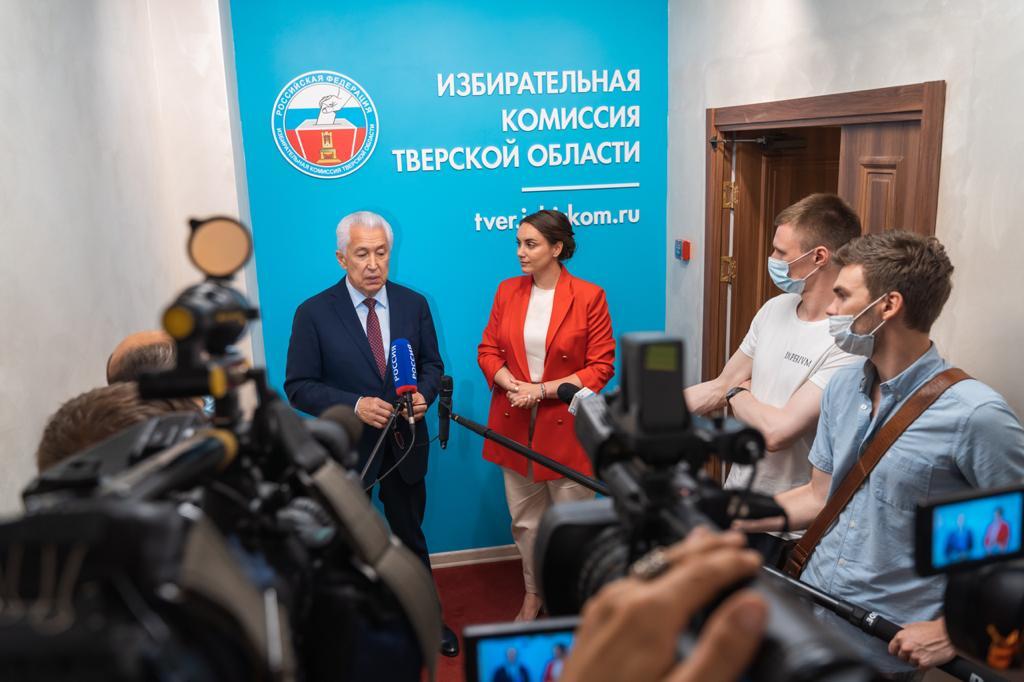 Владимир Васильев объяснил тверским журналистам пользу наставничества в политике
