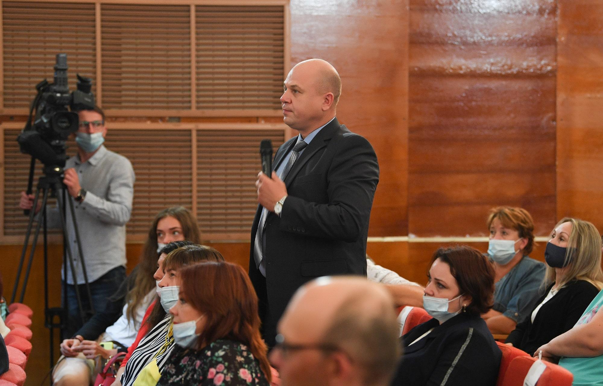 Дорога, больница, школа: Игорь Руденя ответил на вопросы жителей Максатихинского района