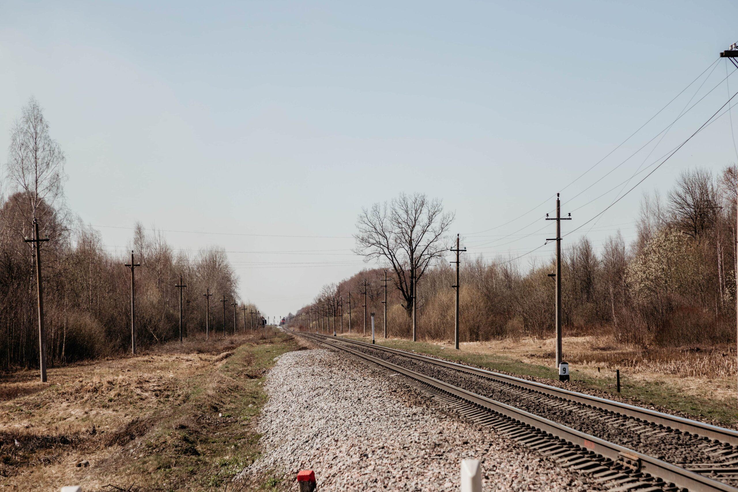 Два человека погибли на железной дороге в Тверской области с начала года