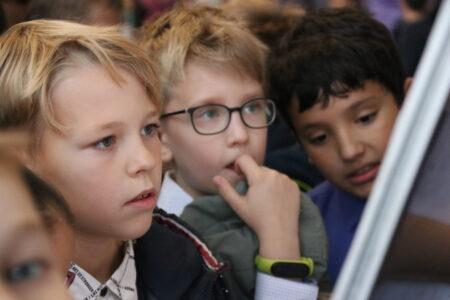 В Тверской области братьев и сестёр будут зачислять в одну школу