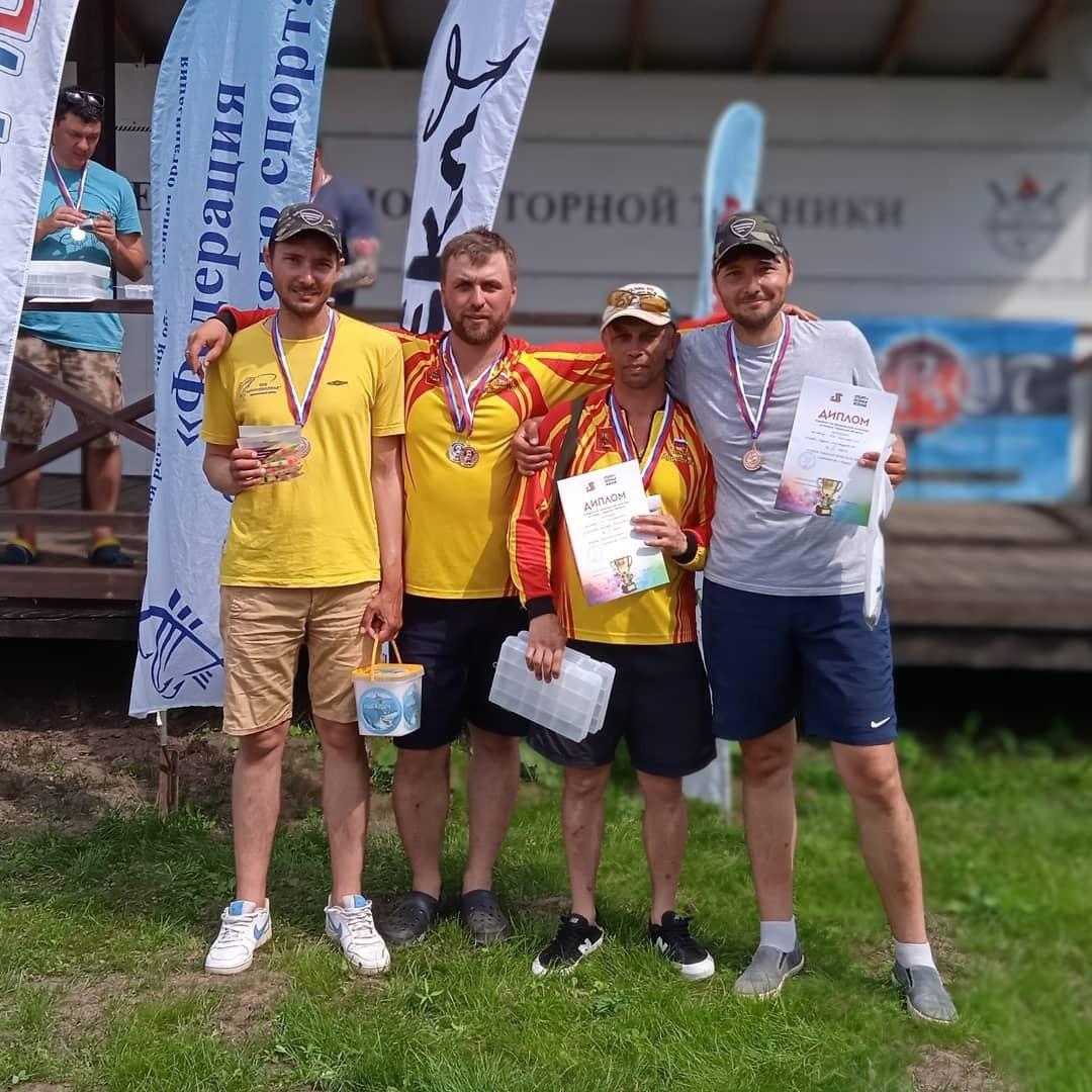 В Калязинском районе собрались лучшие рыбаки Тверской области