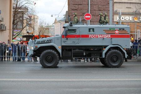 Колонны автобронетехники пройдут по дорогам Тверской области