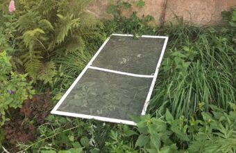 Опубликовано фото с места падения ребенка из окна в Тверской области