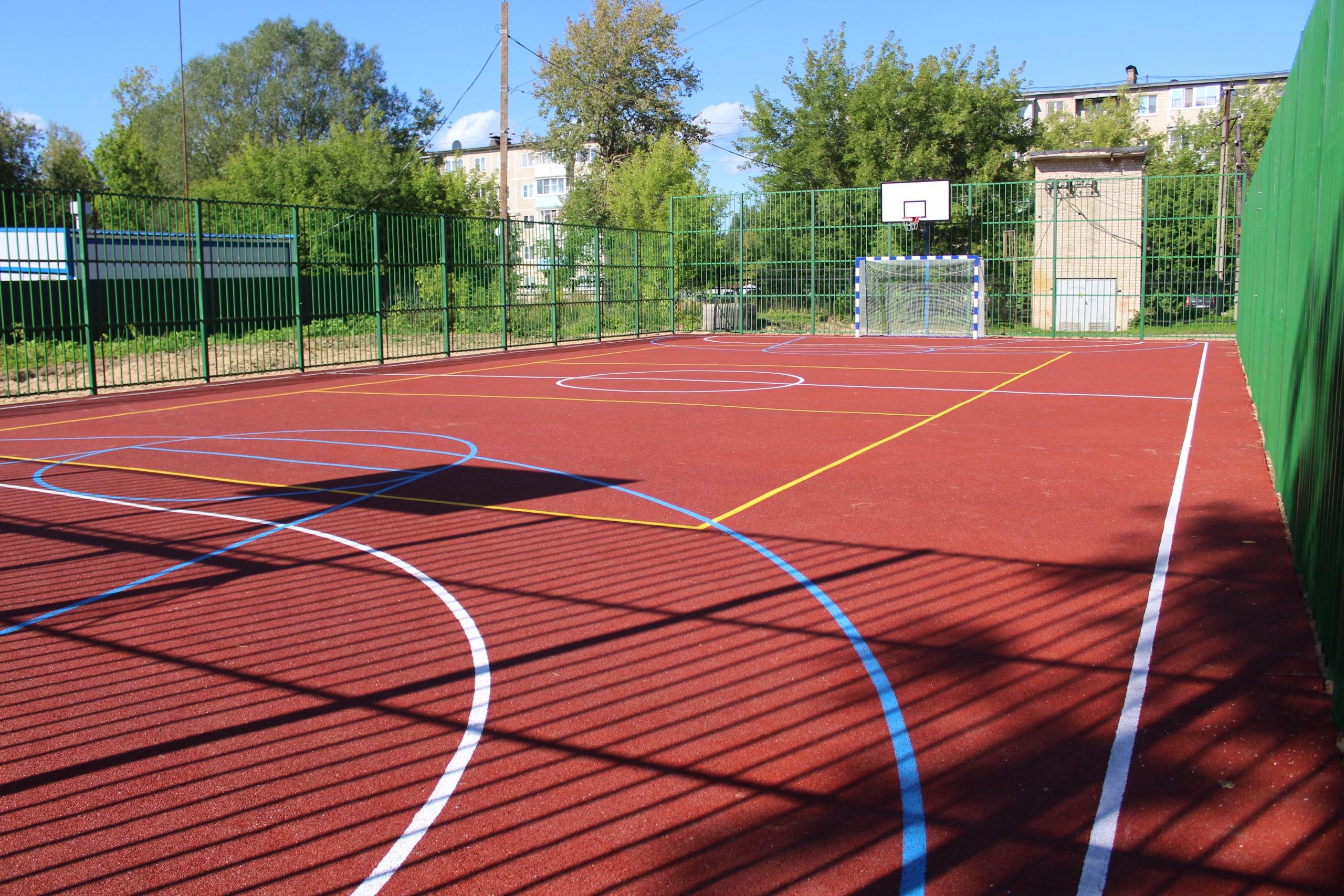 Площадка для игры в большой теннис появится в городе Тверской области