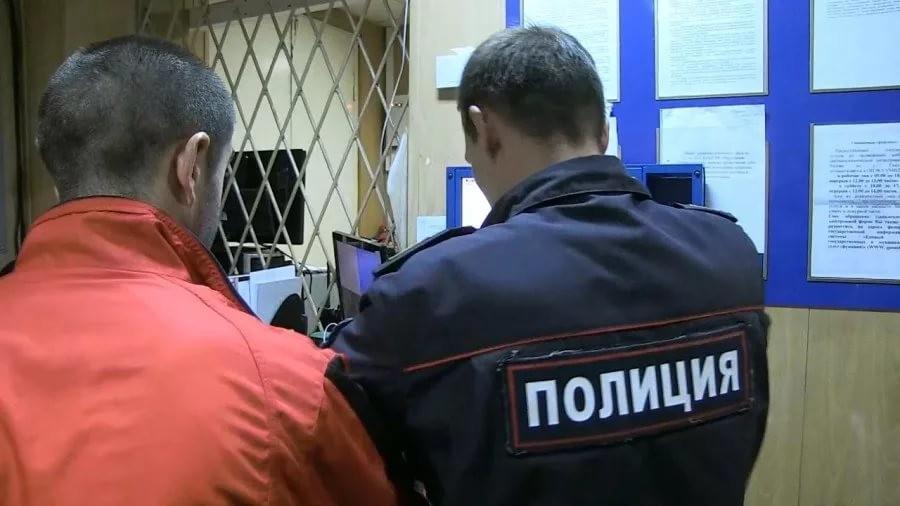 Житель Тверской области пришёл в полицию и остался на 7 суток
