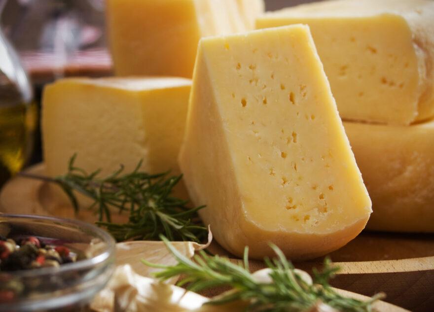 Сыр в психоневрологическом интернате в Тверской области оказался фальсификатом