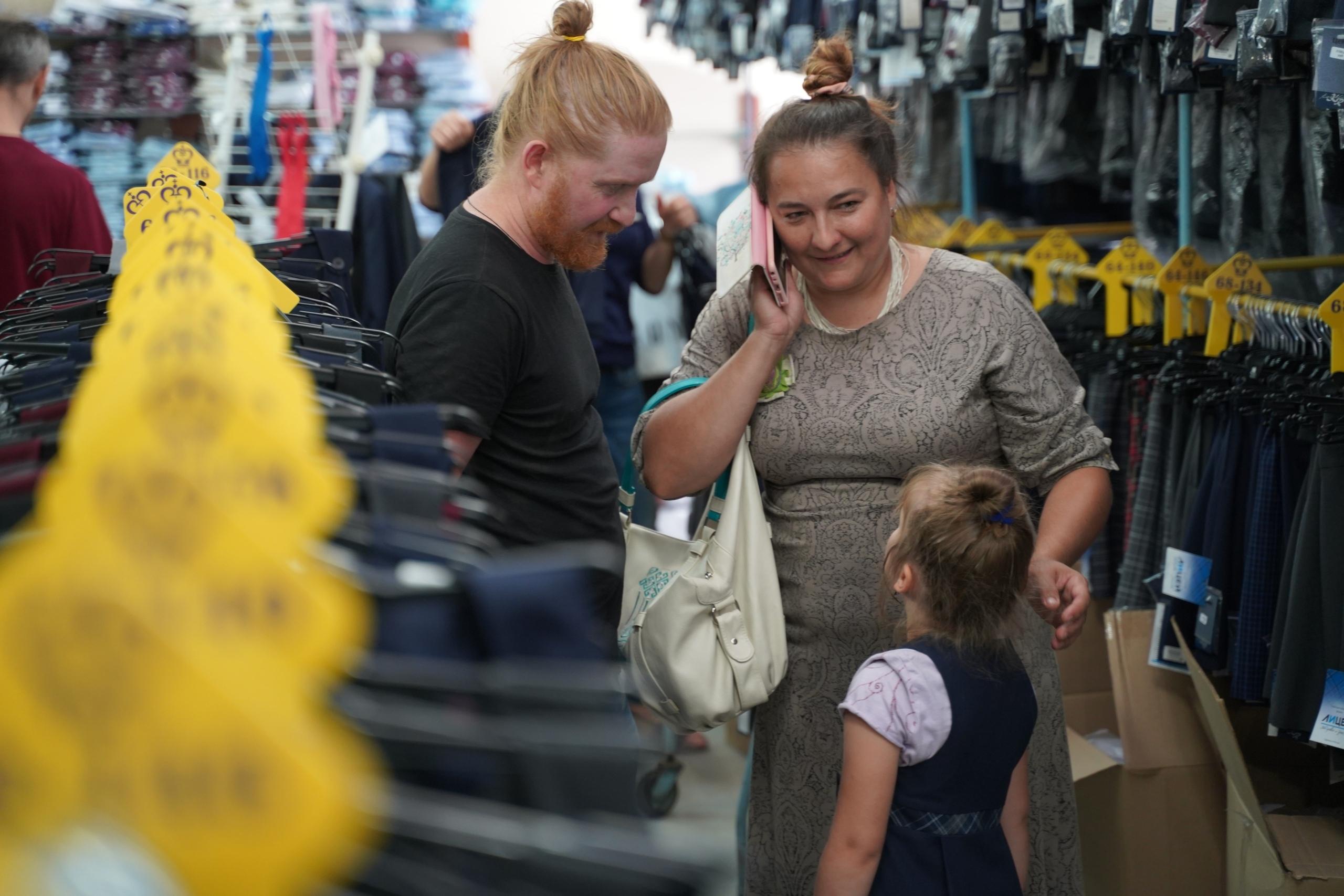 В Тверской области сохраняется бесплатная школьная форма для детей из многодетных семей